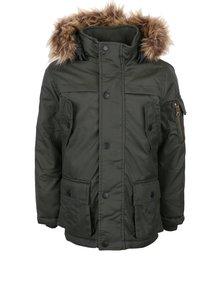Tmavozelená dievčenská bunda s kapucňou a kožúškom name it Max