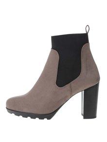 Hnědošedé kotníkové boty na podpatku v semišové úpravě OJJU