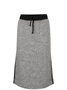 Sivá sukňa s čiernym lemom gsus