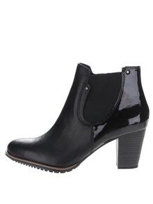 Čierne kožené členkové chelsea topánky na podpätku Tamaris