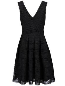 Čierne čipkové šaty na ramienka Miss Selfridge