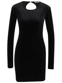 Čierne zamatové šaty s dlhým rukávom Desires Gila