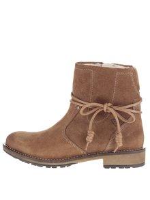 Hnedé semišové členkové topánky s umelou kožušinkou Tamaris