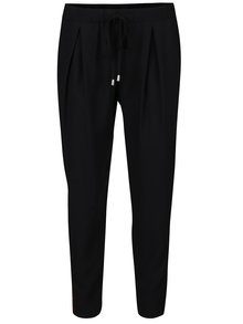 Vínovo-černé kalhoty s pruhem Miss Selfridge