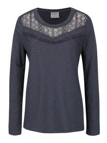 Sivomodré tričko s čipkovaným dekoltom VERO MODA Sindi