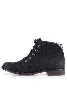 Čierne kožené členkové topánky na šnurovanie Tamaris
