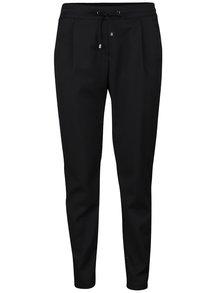 Černé volné kalhoty VERO MODA Rory