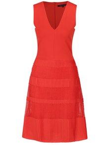 Červené šaty French Connection Pleat