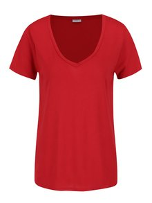 Červené tričko s véčkovým výstrihom Jacqueline de Yong Spirit