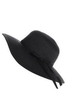 Černý klobouk s mašlí Pieces Lele