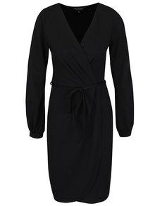 Černé šaty s průstřihy na rukávech Miss Selfridge
