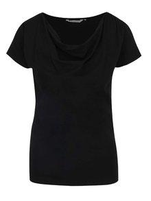 Čierne tričko s vodovým výstrihom Skunkfunk