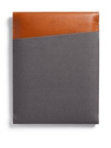 "Hnedo-sivý obal na notebook s koženými detailmi Bellroy Laptop Sleeve Extra 15"""