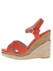 Červené sandály na klínku Dorothy Perkins