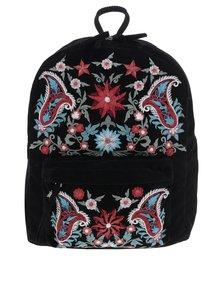 Čierny batoh s výšivkami Pieces Jessica