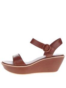 Hnedé dámske kožené sandále na platforme Camper