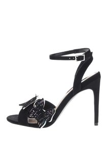 Černé sandálky na podpatku s aplikací ve tvaru motýlů Miss Selfridge