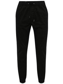 Čierne nohavice s pružným pásom Jack & Jones Vega