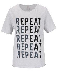 Sivé tričko s potlačou YAYA