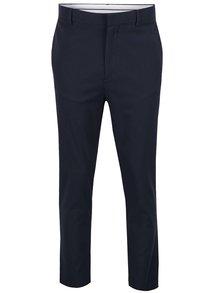 Tmavě modré vzorované kalhoty Burton Menswear London