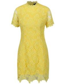 Žlté čipkované šaty ku krku AX Paris