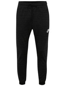 Černé žíhané pánské slim fit tepláky Nike Sportwear Advance 15
