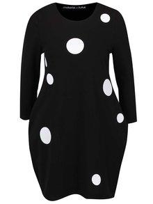 Černé šaty s potiskem bílých puntíků Mikela da Luka