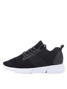 Pantofi sport negri Tamaris cu model cu perforații