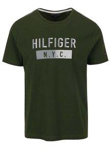 Tmavozelené pánske tričko s plastickou potlačou Tommy Hilfiger