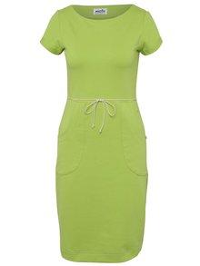 Zelené pouzdrové šaty s kapsami miestni