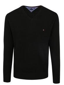 Čierny pánsky sveter s véčkovým výstrihom Tommy Hilfiger