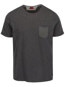 Sivé pánske pruhované tričko s vreckom s.Oliver