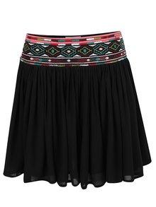 Čierna sukňa s ozdobným lemom Apricot