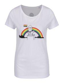 """""""Dobré"""" bílé dámské tričko s barevným potiskem Prague Pride 2017"""