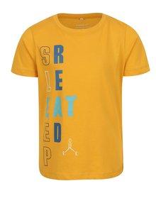 Žlté chlapčenské tričko s potlačou Name it Victorian