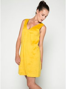 Žluté volné šaty v semišové úpravě VILA Then
