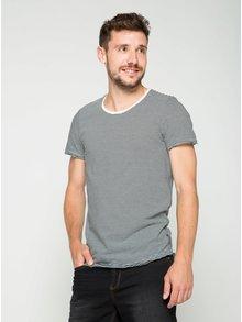 Tricou alb&negru Jack & Jones Insta cu model în dungi