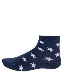 Súprava troch párov bielo-modrých chlapčenských vzorovaných ponožiek 5.10.15.