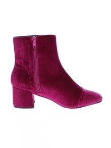 Tmavoružové zamatové členkové topánky Miss Selfridge