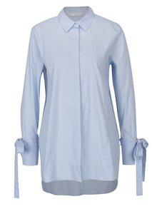 Svetlomodrá voľná dlhá košeľa so zaväzovaním na rukávoch YAYA