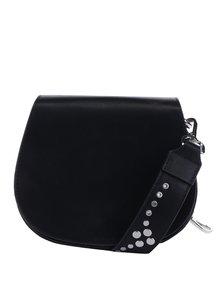 Čierna crossbody kabelka s cvočkami Pieces Nicolina