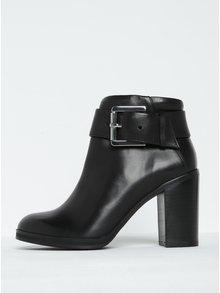 Čierne dámske kožené členkové topánky na podpätku s prackou Royal RepubliQ