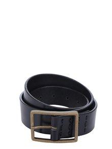Čierny dámsky kožený oapsok s vyšívanými detailmi Royal RepubliQ