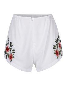 Biele dámske kraťasy s výšivkami kvetov a vysokým pásom DÉCCADA