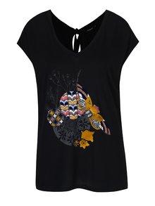 Černé tričko s potiskem motýla a krátkým rukávem Desigual Samira