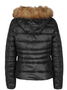 Čierna prešívaná bunda s umelým kožúškom VERO MODA Alberta