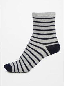Sada tří párů vzorovaných klučičích ponožek v modré a šedé barvě 5.10.15.