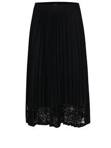 Černá plisovaná sukně s krajkovým lemem Haily´s Valentina