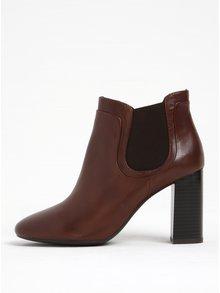 Hnedé dámske kožené chelsea topánky na vysokom podpätku Geox Audalies