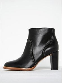 Čierne dámske kožené členkové topánky Clarks Ellis Betty